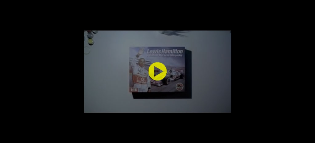 Packaging mockup - Lewis Hamilton Santander advert